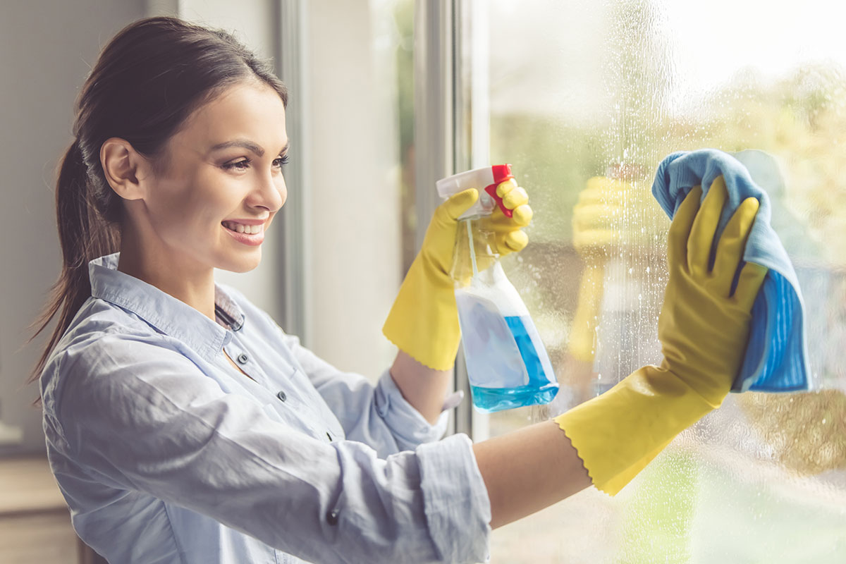 What You Should Never Use To Clean Your Windows And Doors